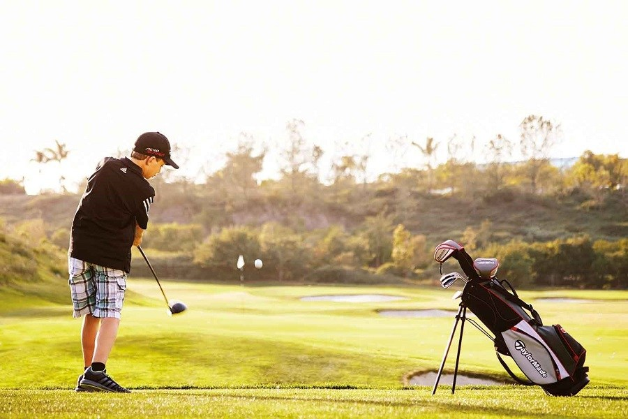 The Parent's Guide to Child Golf — or —