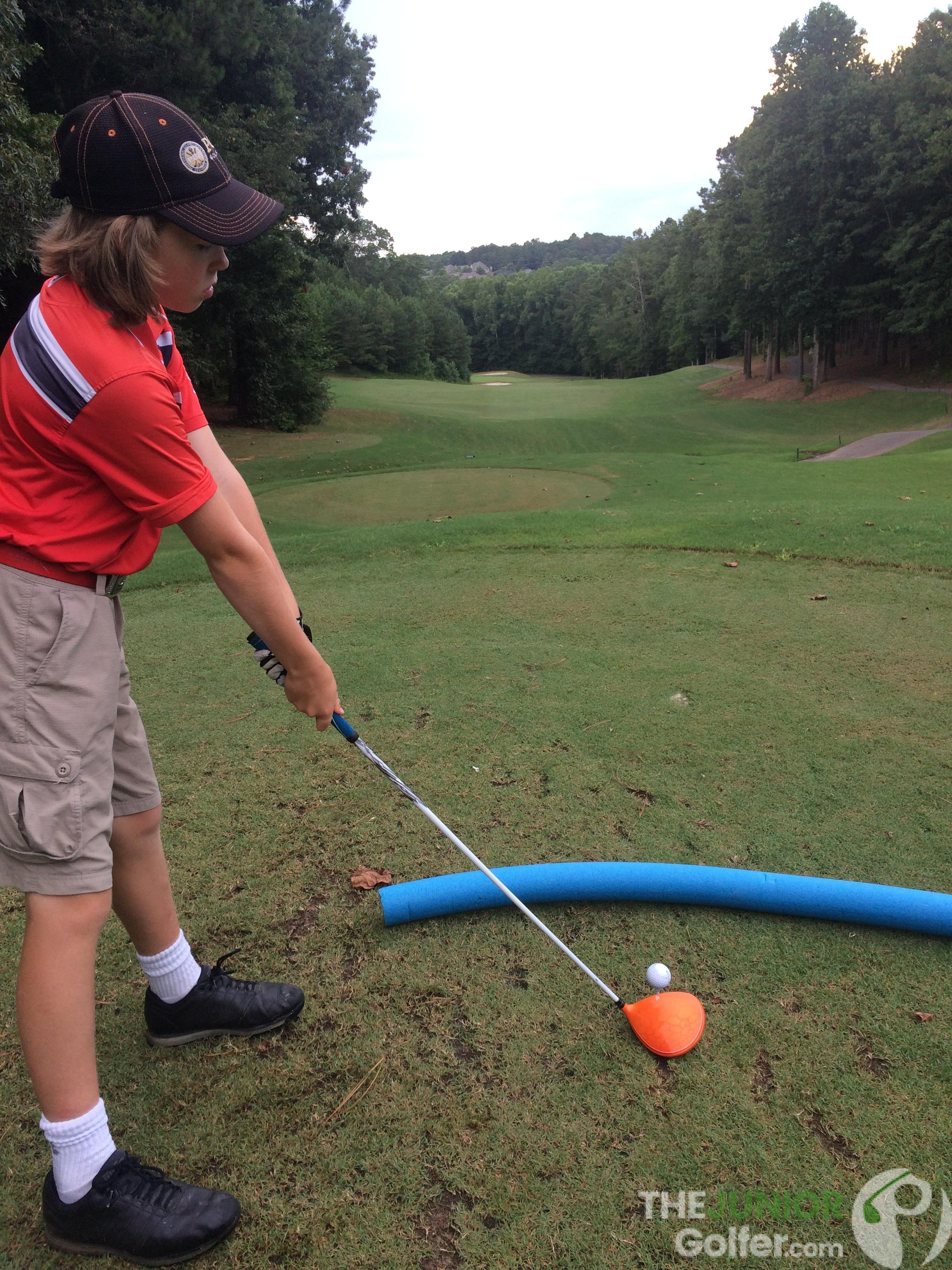 best diy golf training aids for juniors ppol noodle